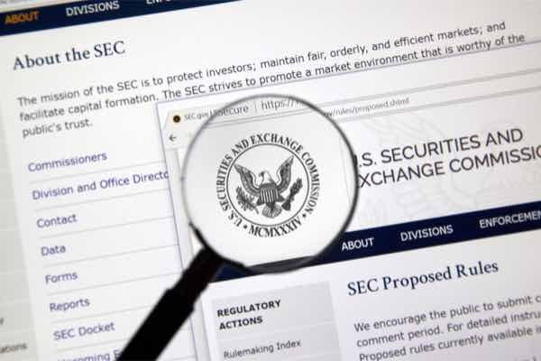SEC,ビットコインETF決定を9月に延期