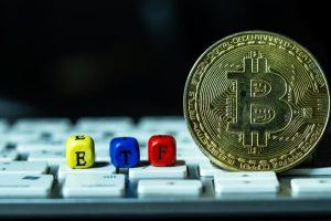 ビットコイン ETF