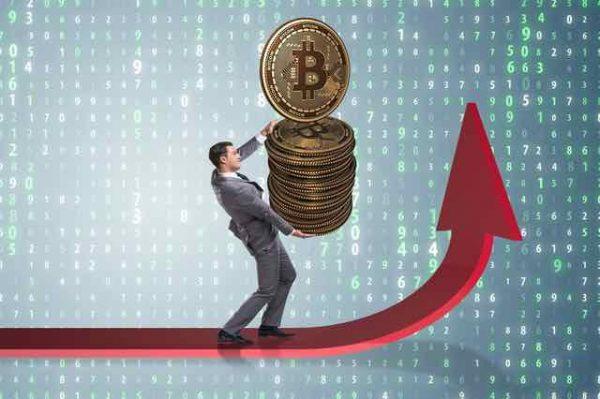 ビットコイン高騰