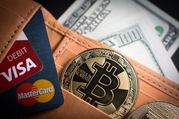 コインベースが仮想通貨Visaデビットカードを発行