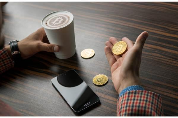 【5/27夕刊CRIPCY】ビットコイン8900ドル到達と株アナリストの懐疑的見解/ビットコインキャッシュ二重支払い