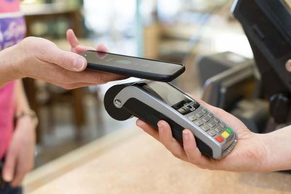 ディーカレットが仮想通貨の電子マネーチャージサービスを開始