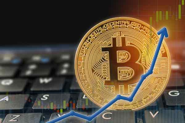 ビットコインのレンジの狭まりは今後の上昇を示す?