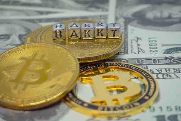 ビットコイン暴落の一方で Bakktのビットコイン先物取引高が急騰