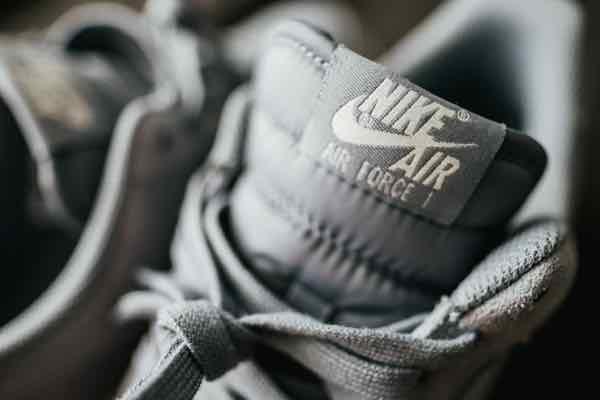 Nike イーサリアムブロックチェーンで靴のトークン化の特許獲得