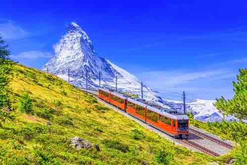 スイスのリゾート ツェルマットがビットコインでの納税受付を開始